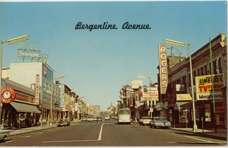 Old postcard photo for Bergenline Ave, a popular lively street with many shops in West New York, NJ. Year unknown. Source: https://www.pinterest.com/pin/389350330260162511/